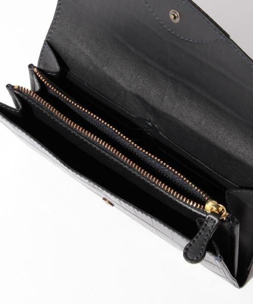 ボーナスで買いたい!男を上げるブランド革財布【長財布編】 12番目の画像