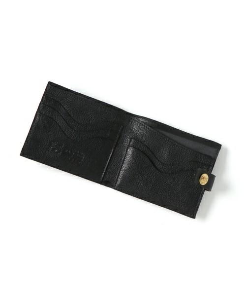 ボーナスで買いたい!男を上げるブランド革財布【二つ折り財布編】 3番目の画像