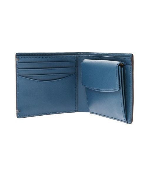 ボーナスで買いたい!男を上げるブランド革財布【二つ折り財布編】 9番目の画像