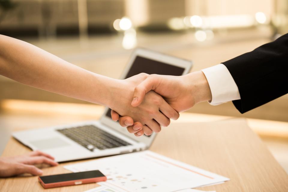 【年末年始のビジネスマナー】取引先への挨拶回りをするときに気をつけたいこと 2番目の画像