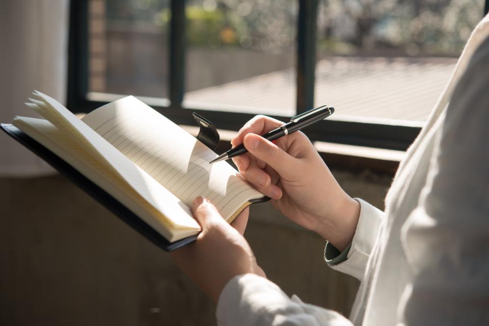 手帳の「書き方」「使い方」でビジネススキルが分かる? 5分で身につけられる手帳活用術 1番目の画像