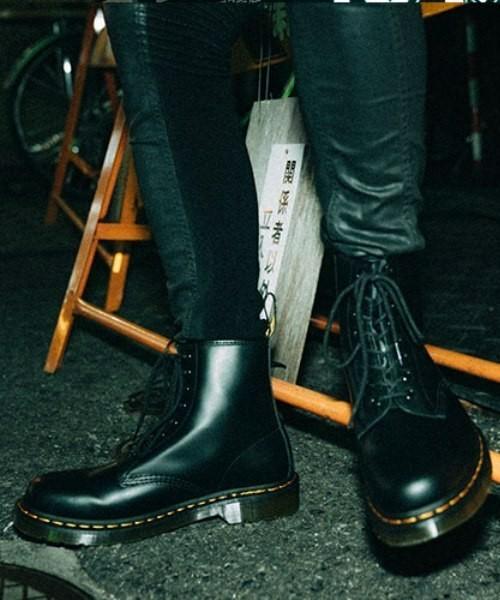 冬の冷たいビジネスマンの足元に「ブーツ」:スーツ×ブーツを履きこなすための取り扱い説明書 5番目の画像