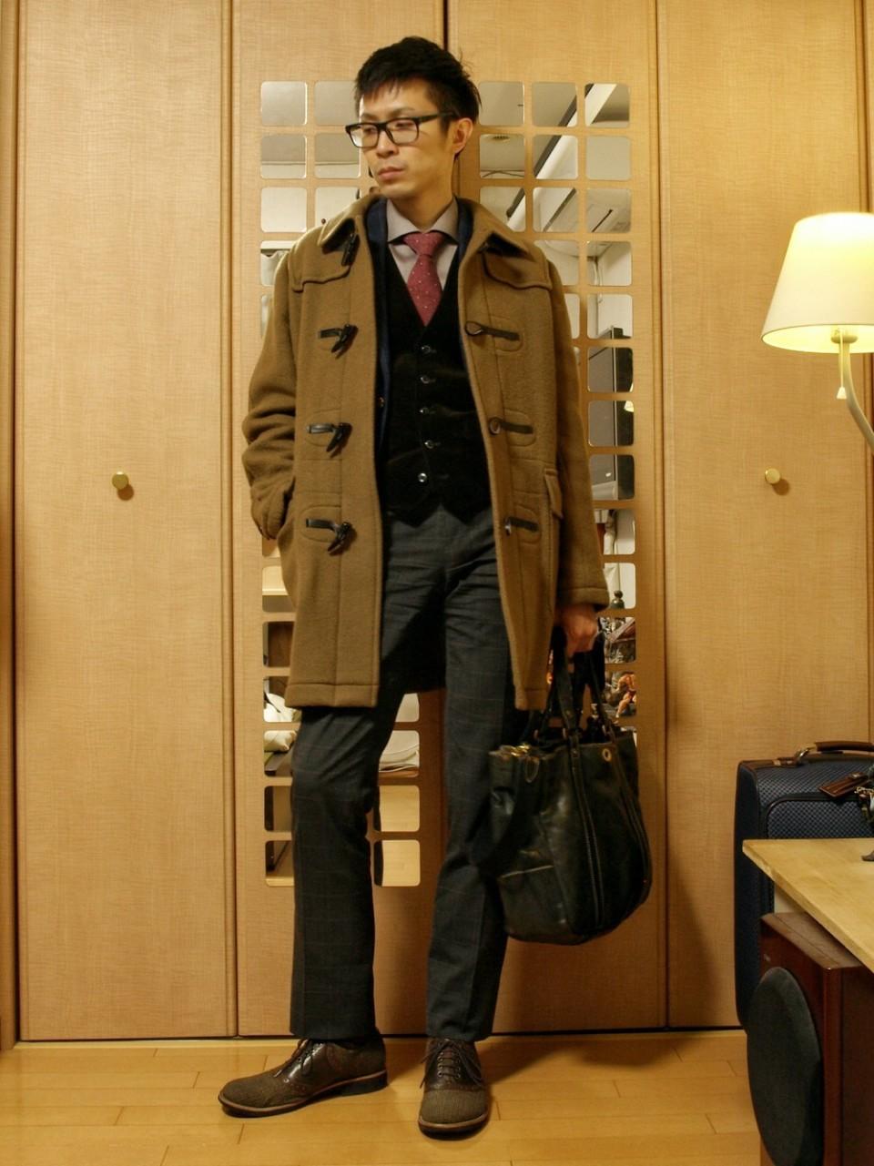 「大人だからこそ」のダッフルコート。子どもっぽくならない、メンズダッフルコートの着こなし術 4番目の画像