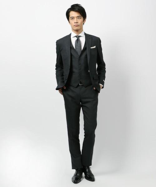 20代でも着こなせる「メンズスーツブランド」10選:若くてもカッコイイ「スーツ」を着たい 9番目の画像
