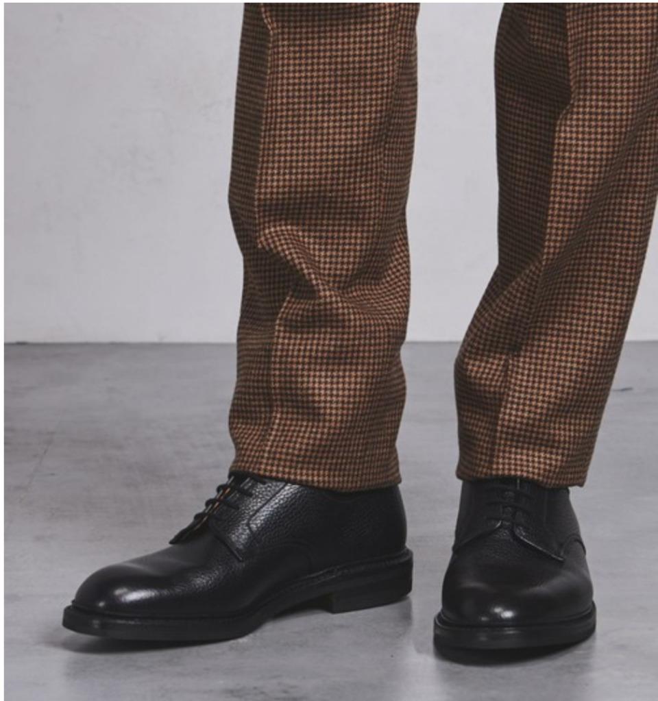 スーツ姿は「革靴」で決まる。おすすめのビジネスシューズ&失敗しない革靴の選び方 1番目の画像
