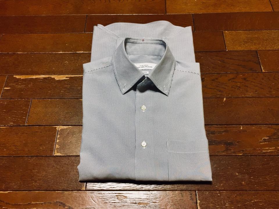 「シワひとつ付けない」ワイシャツ収納術:型崩れ・シワを防ぐワイシャツのたたみ方を紹介! 7番目の画像