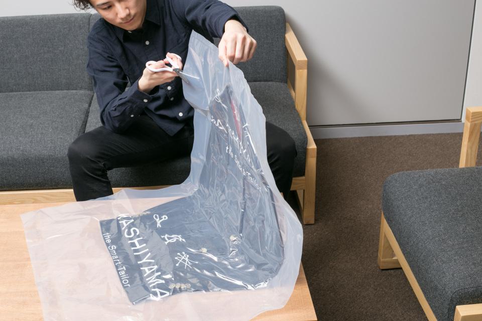 新卒営業マンが3万円からオーダーメイドスーツがつくれる「スマートテーラー」でビシっと大変身! 13番目の画像