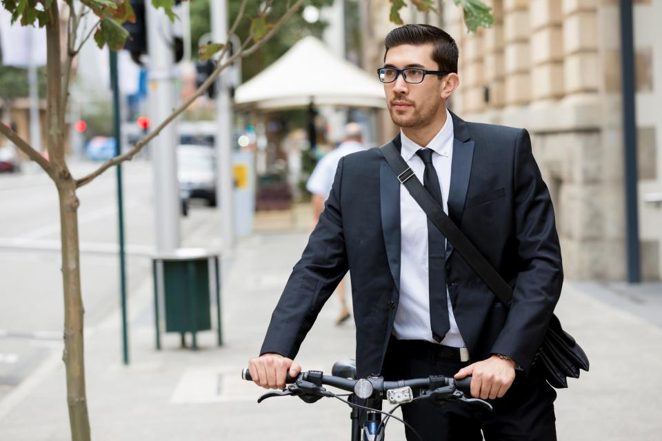理想のビジネスバッグは「使用シーン」で選ぶ。人気メンズバッグブランド12選 8番目の画像