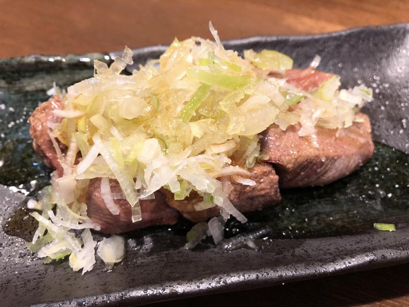 高円寺、アルコールコール。レバテキと鶏たたきとハートフルな接客が楽しい店「出陣」 5番目の画像