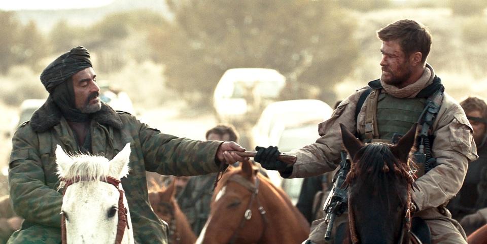 アフガンにいち早く足を踏み入れたアメリカ兵12人の実話が深く胸に刺さる映画「ホース・ソルジャー」 4番目の画像