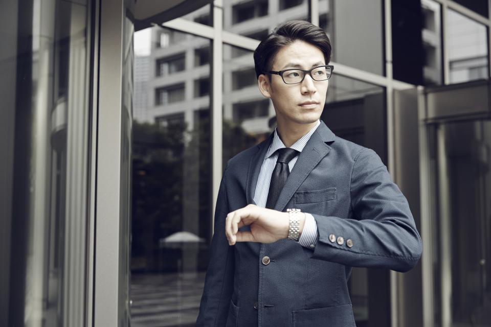 スーツに「Gショック」は非常識?スーツに合うGショック&ビジネスマンにおすすめの時計ブランド6選 5番目の画像
