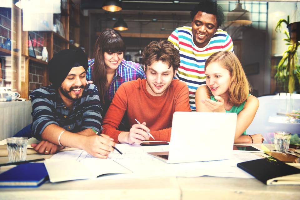 仕事仲間との「チームワーク」を向上させるために意識すべき3つのコト 1番目の画像