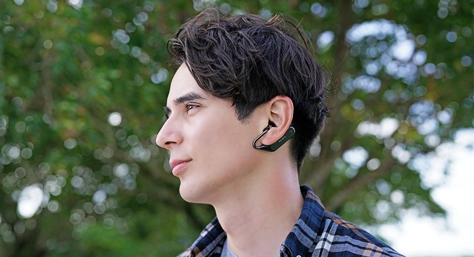 西田宗千佳のトレンドノート:ソニー「Xperia Ear Duo」が開く「ヘッドホン大進化」の時代 1番目の画像