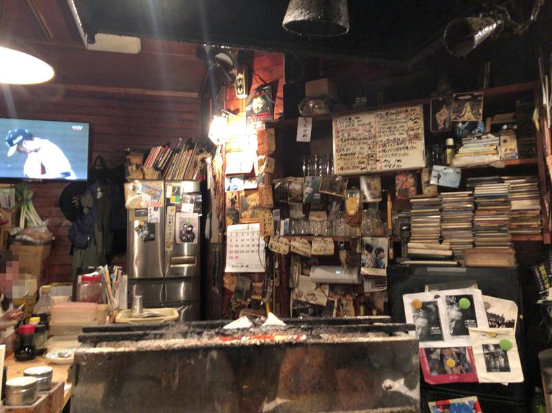 高円寺、アルコールコール。最高に渋い店主とこんがり旨い串焼きの店「一徳」 3番目の画像