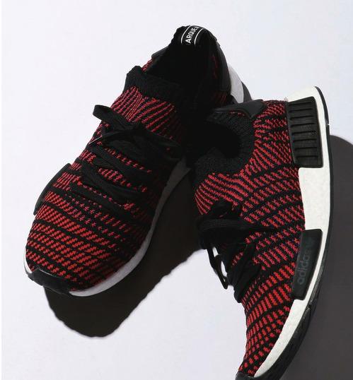 【最新版】メンズの赤スニーカーおしゃれコーデ術10選&おすすめ赤スニーカー 14番目の画像