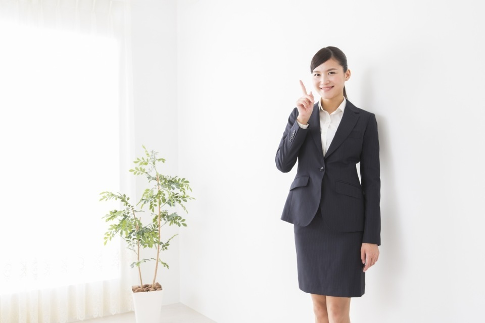 面接官に好印象!転職面接に役立つ「女性の服装マナー」 2番目の画像