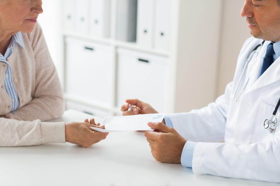「健康保険被保険者証明書」の発行方法:保険証が発行されるまでに病院に行きたい場合の対処法とは? 3番目の画像
