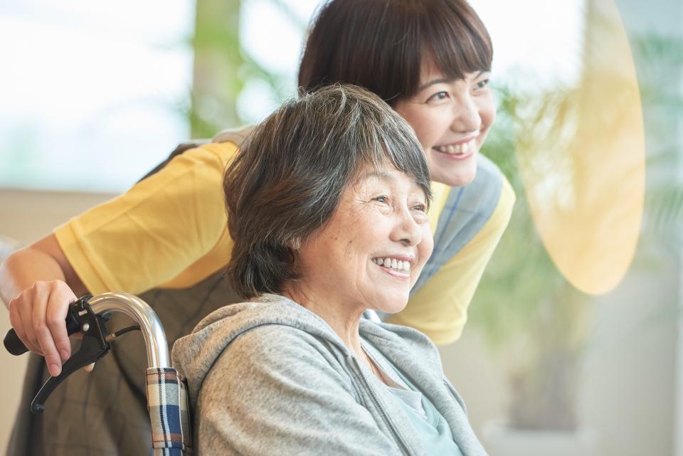 介護士不足の解決手段は?日本の未来を左右する難問に対してホリエモンの意外な回答 4番目の画像