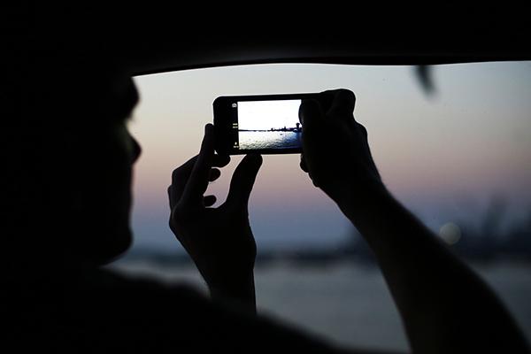 西田宗千佳のトレンドノート:最新スマホの「カメラ」が示す、「スマホの先にある未来」 1番目の画像