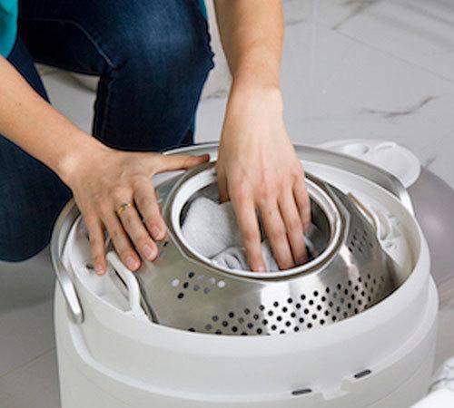 5分でちゃちゃっと洗える時短&エコな足踏み洗濯機「Drumi」の日本上陸プロジェクトがKibidangoで開始 2番目の画像