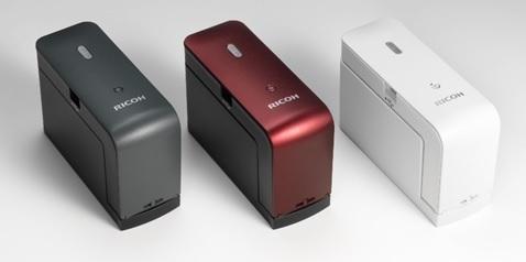 活用度は無限大?!ハンディサイズのプリンター「RICOH Handy Printer」発売 1番目の画像