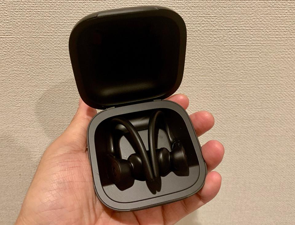 西田宗千佳のトレンドノート:人気のBeats・ソニーの「完全ワイヤレスヘッドホン」、共通点と差別化点 3番目の画像