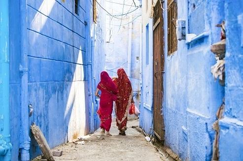 【インド】太陽光発電製品の販売で女性が活躍、ユーザー視点を生かす。電力普及と社会進出の効果も 1番目の画像