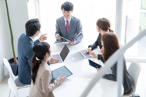働き方改革ラボが「会議改善に役立つ資料」を公開!選択と集中で質の高い会議に 1番目の画像