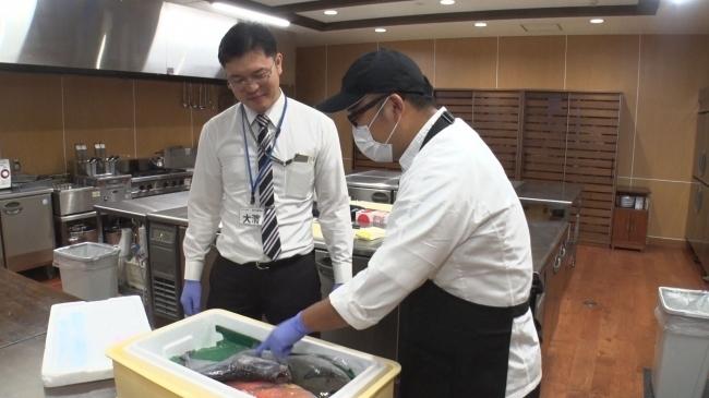 くら寿司の魚バイヤー、商品開発の舞台裏に密着!─サラリーマン番組案内 5番目の画像