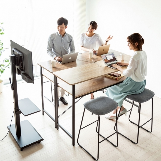 オフィスでの立ち作業やミーティングに適したシンプルなスタンディングデスクが新発売 1番目の画像