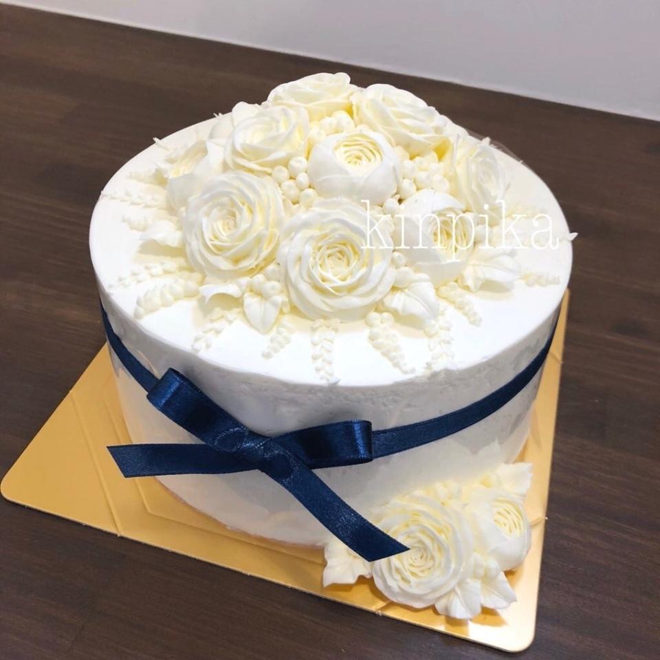 長野のオーダーケーキ専門店が生んだ純白フラワーケーキが話題 製作者が大切にする想いとは 1番目の画像