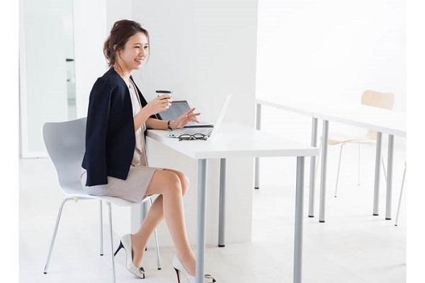 オフィス向け女性服のサブスク「Brista」と滋賀大学が連携協定 2番目の画像
