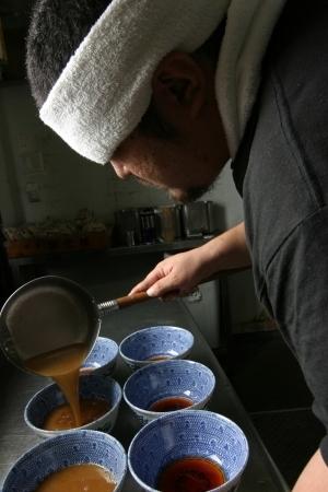ラーメン店の事業承継マッチングサイト「バトンタッチ」が登場 六厘舎・大つけ麺博の運営会社が協力 2番目の画像
