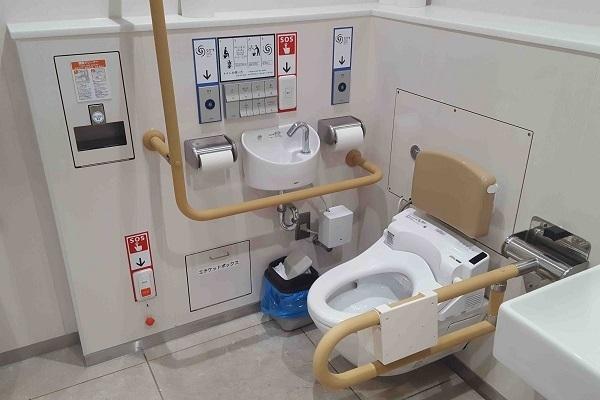 社内トイレ情報誌を12年間毎月発行、NEXCO東日本の「トイレマニア」の仕事のこだわりと情熱の原点とは 4番目の画像