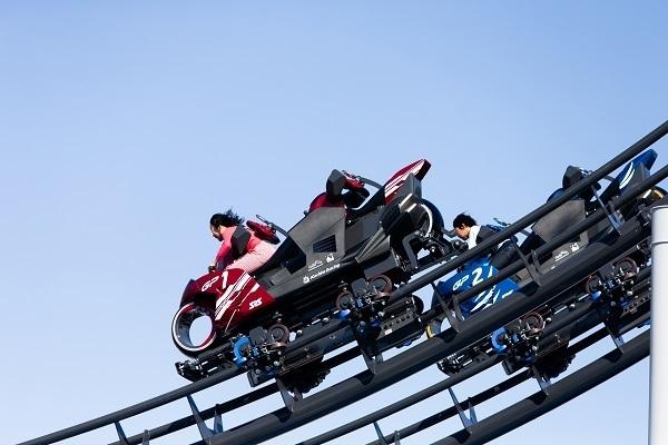 """「心の準備はできたか?Let's Ride!」日本初""""バイク型コースター""""導入に込めた担当者の熱意と原動力 5番目の画像"""