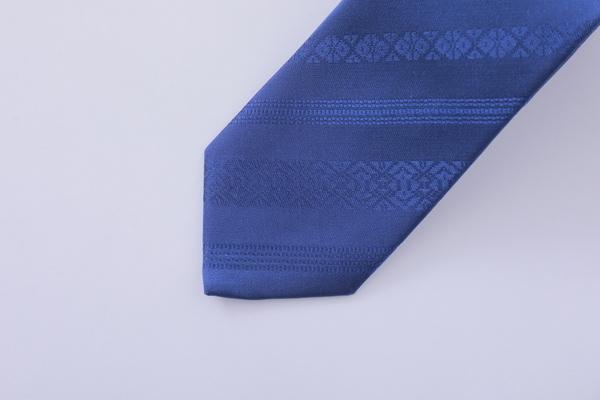 博多織ブランドOKANOから、紋様に平和を願う祈りを込めたネクタイ「衿結」が登場 3番目の画像