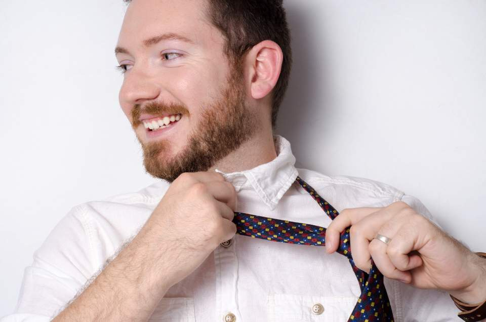 【簡単!マル秘テクニック】ワイシャツの頑固な襟汚れを劇的に落とす4つの方法 3番目の画像