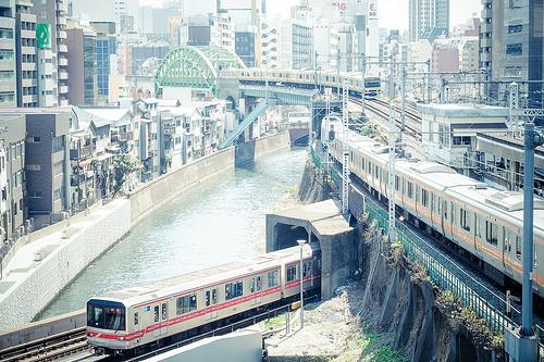 電車のスキマ時間を利用!移動時間で仕事のスキルアップを目指そう 1番目の画像