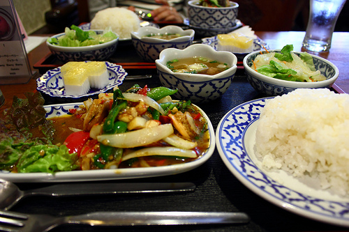 取引先の人と食事に行く時に気を付けたい、食べる速度のマナー 1番目の画像